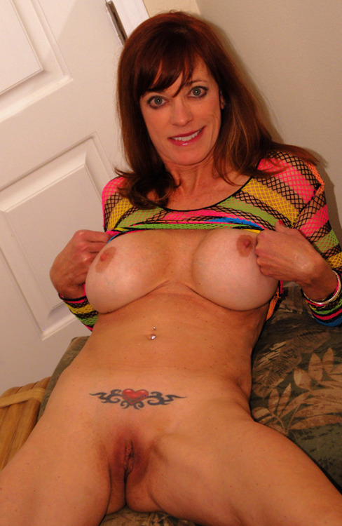 Milf with huge fake tits