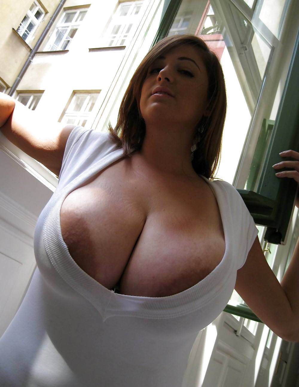 Tight Shirts Tits