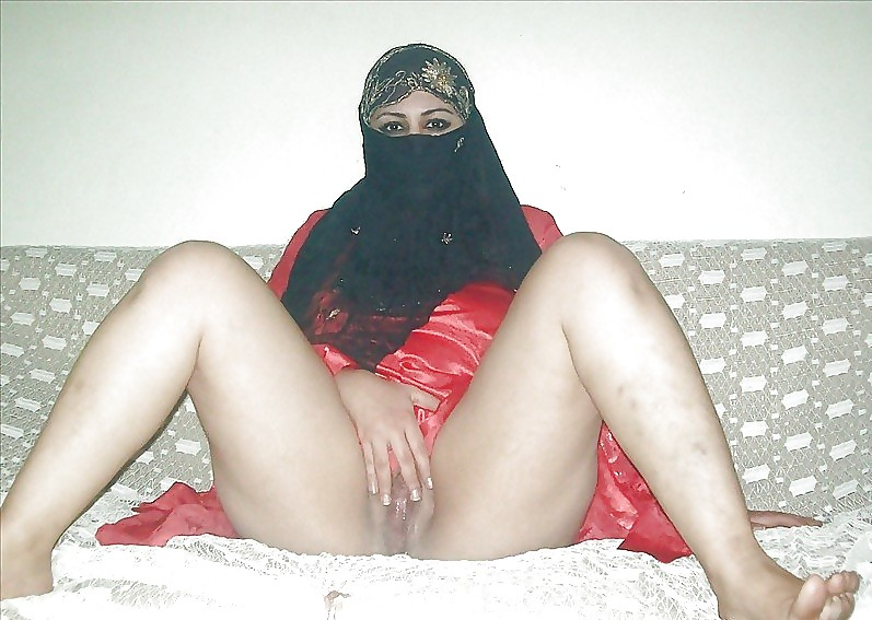 Hot muslim arab girl big ass