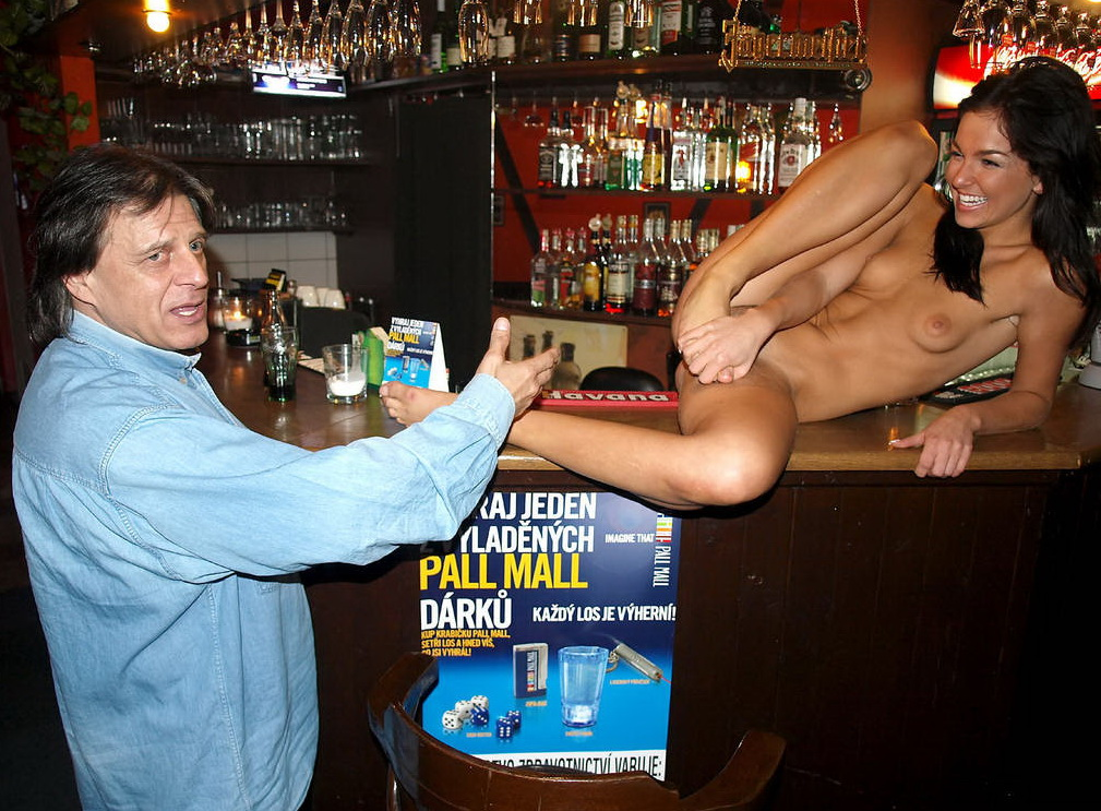 butt-naked-in-pub-i-want-to-get-rid-of-my-belly-fat
