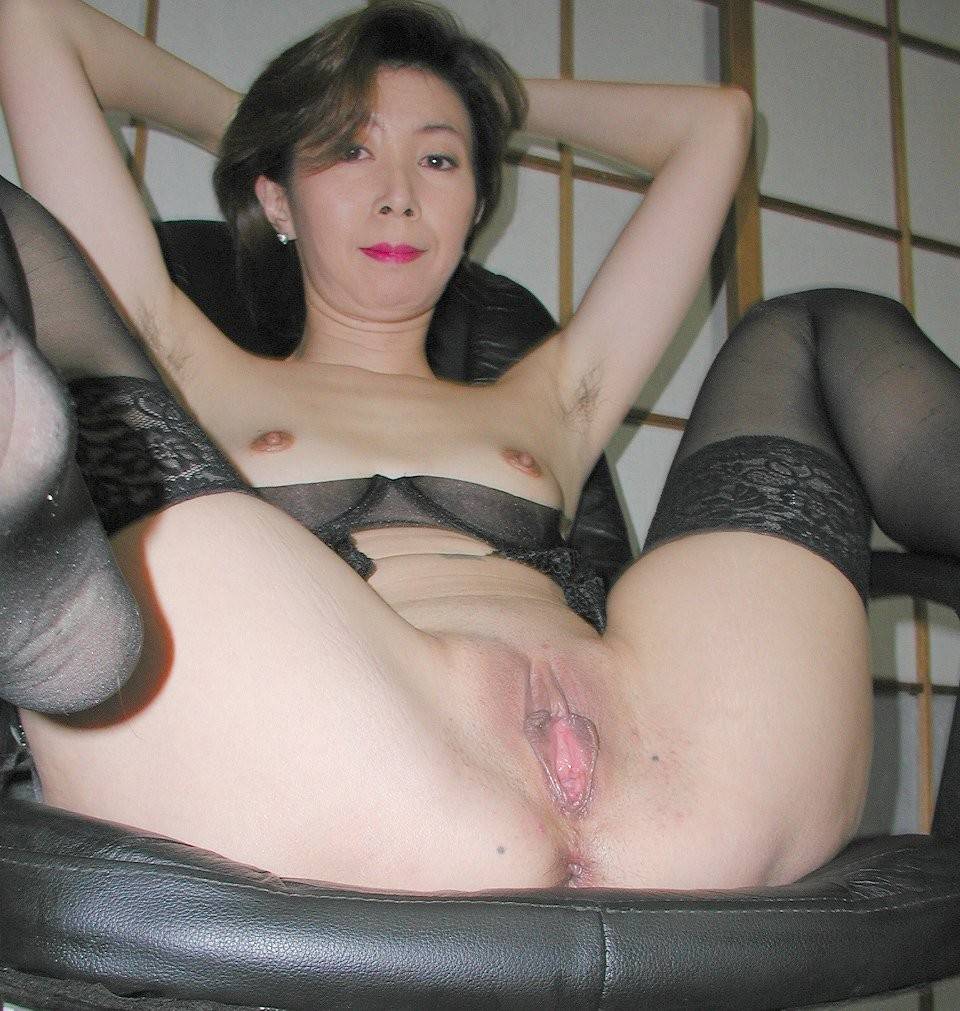 free-fuck-mature-picture-naked-korean-girl-pic