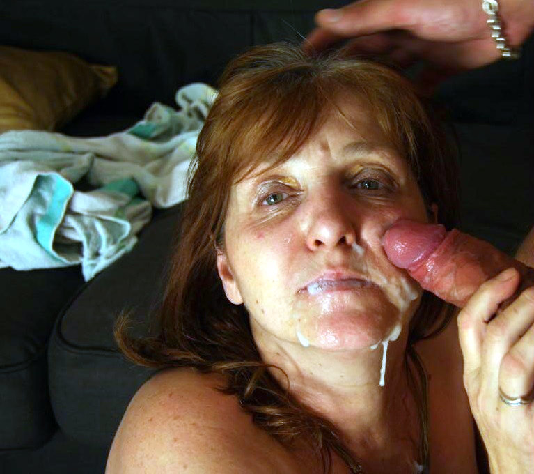 Amateur mommy cum 7