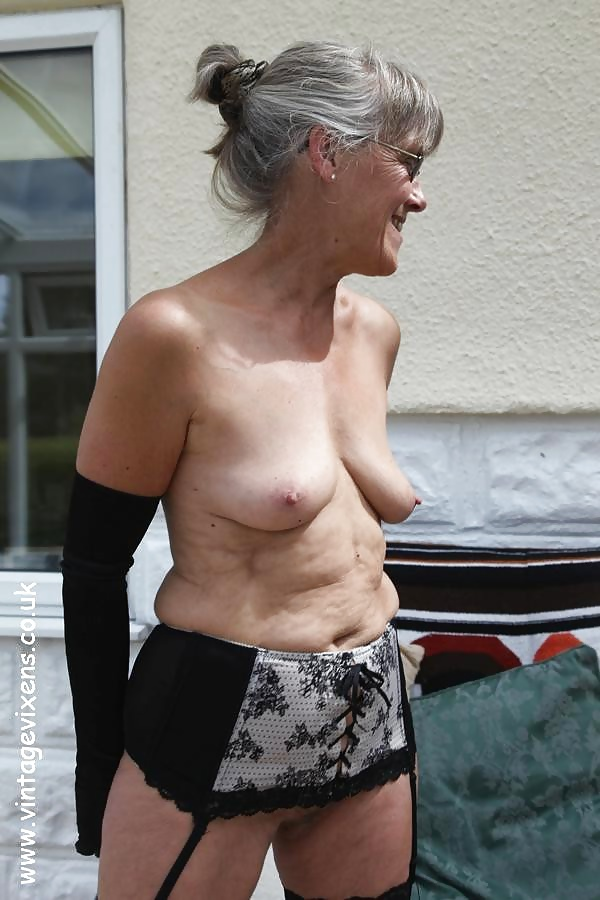 Free milf with small tits