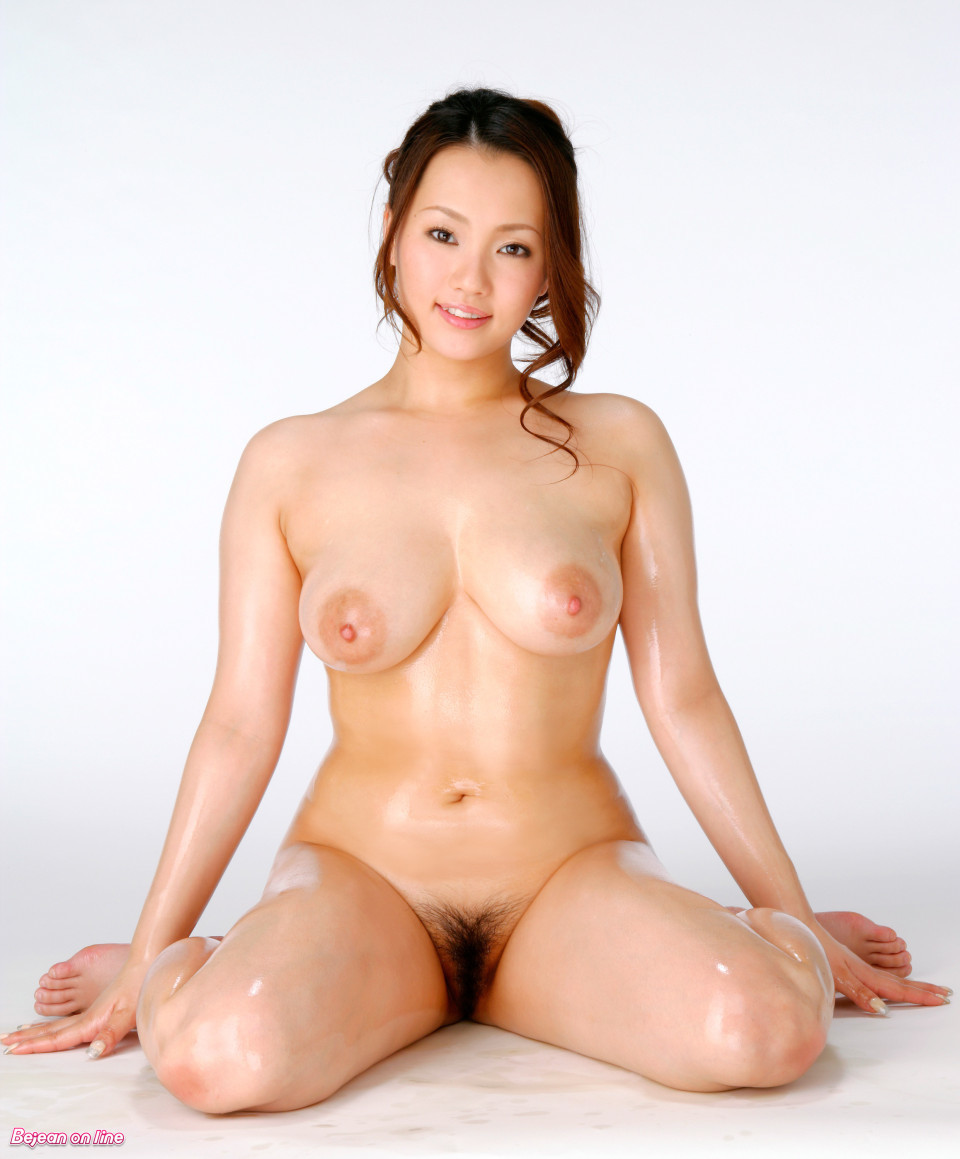 beautiful naked asians