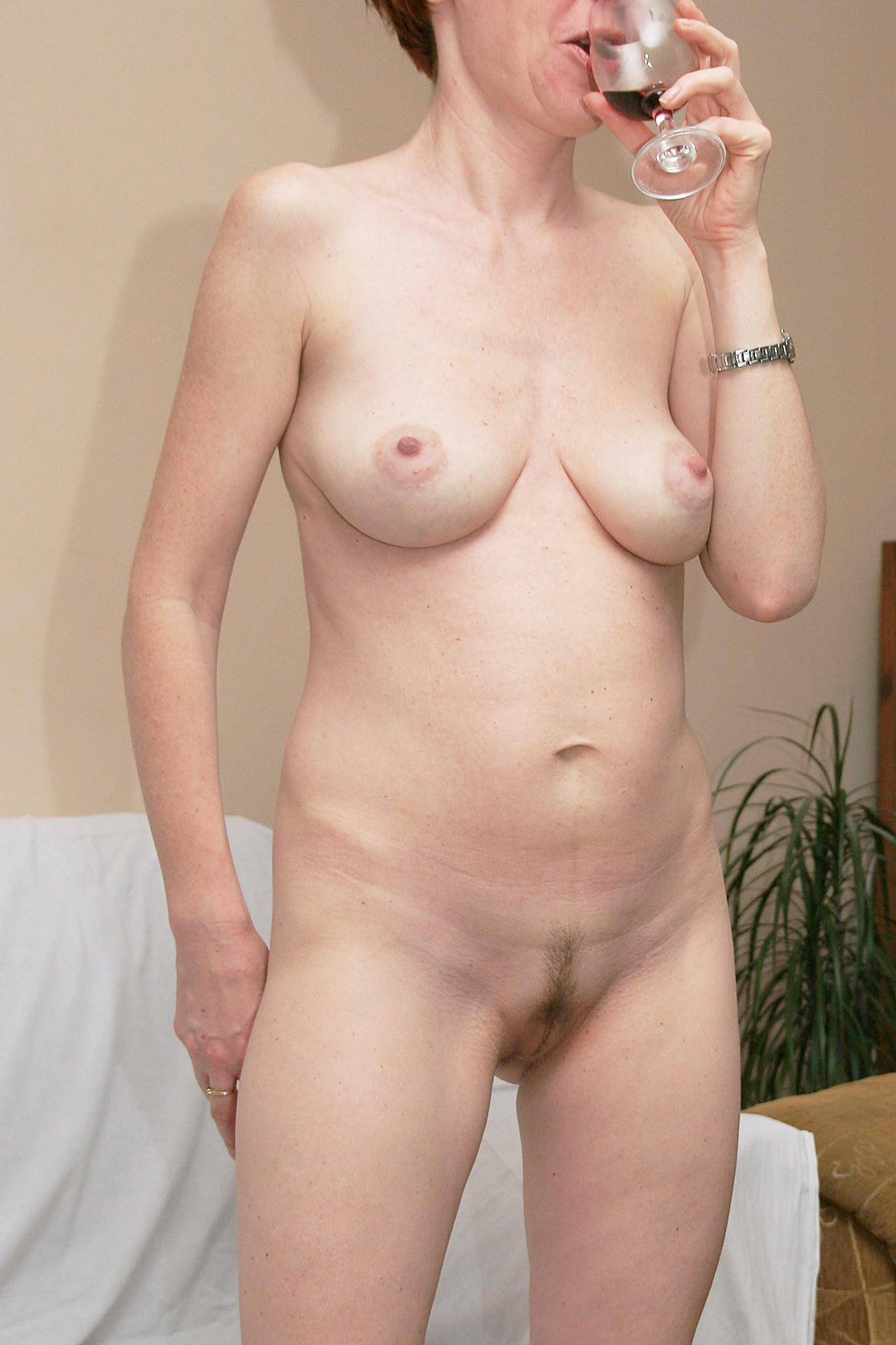 Short Hair Teen Amateur