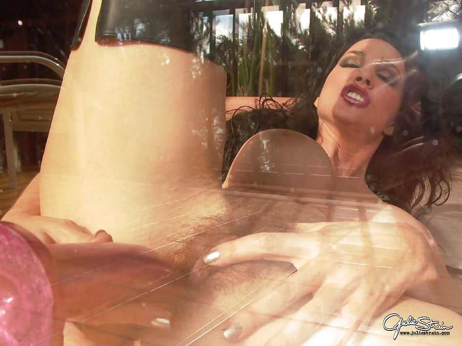 julie strain pussy spreading pictures