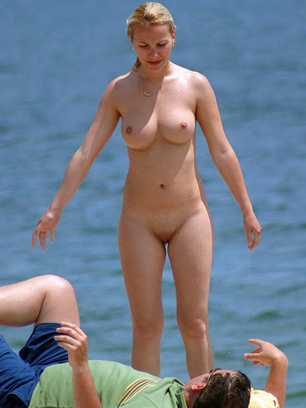 naked women with no legs pics