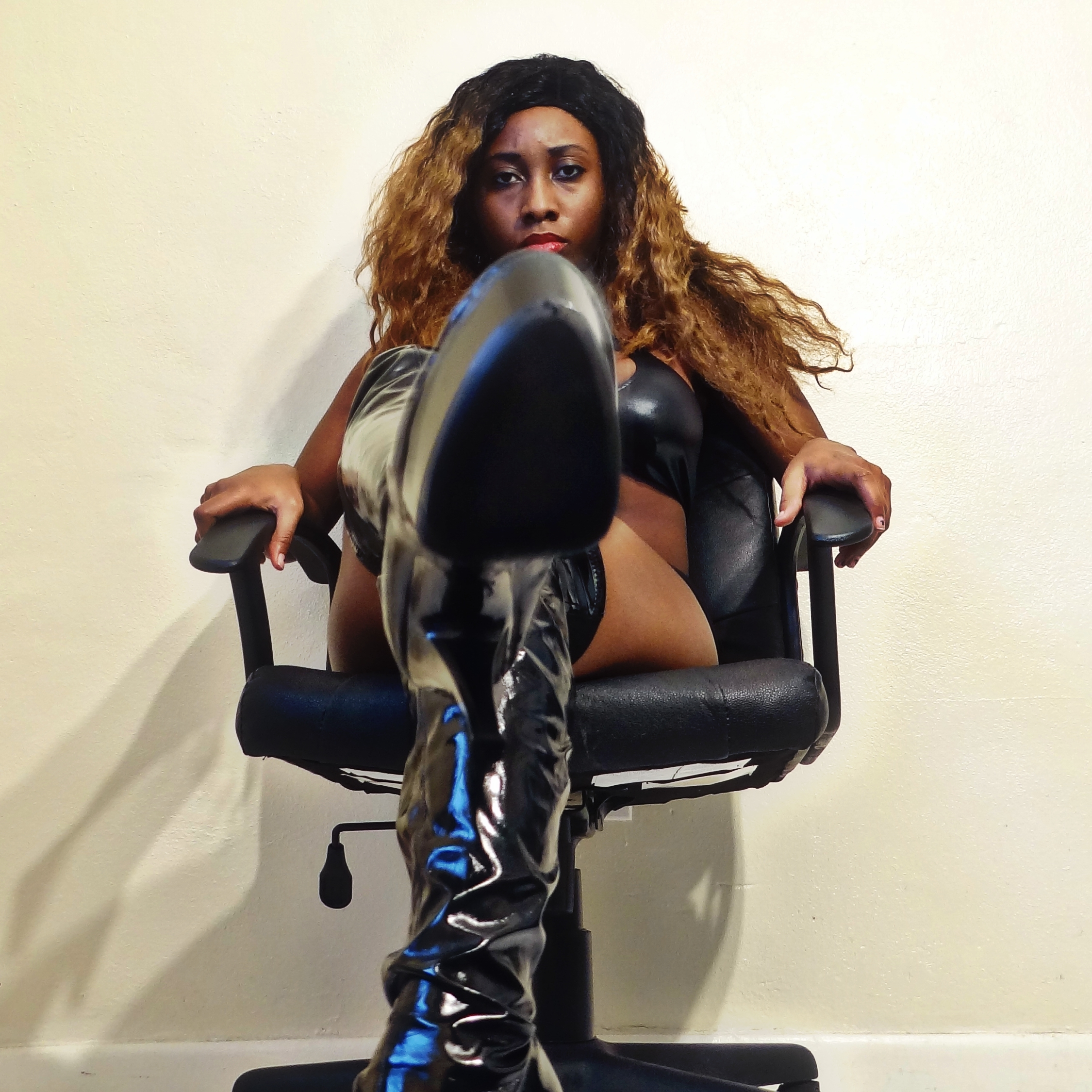 Ebony female domme galleries — photo 14