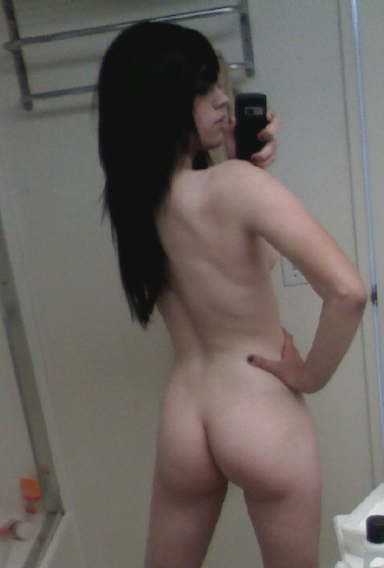 Mirror butt in girl Teen nudes