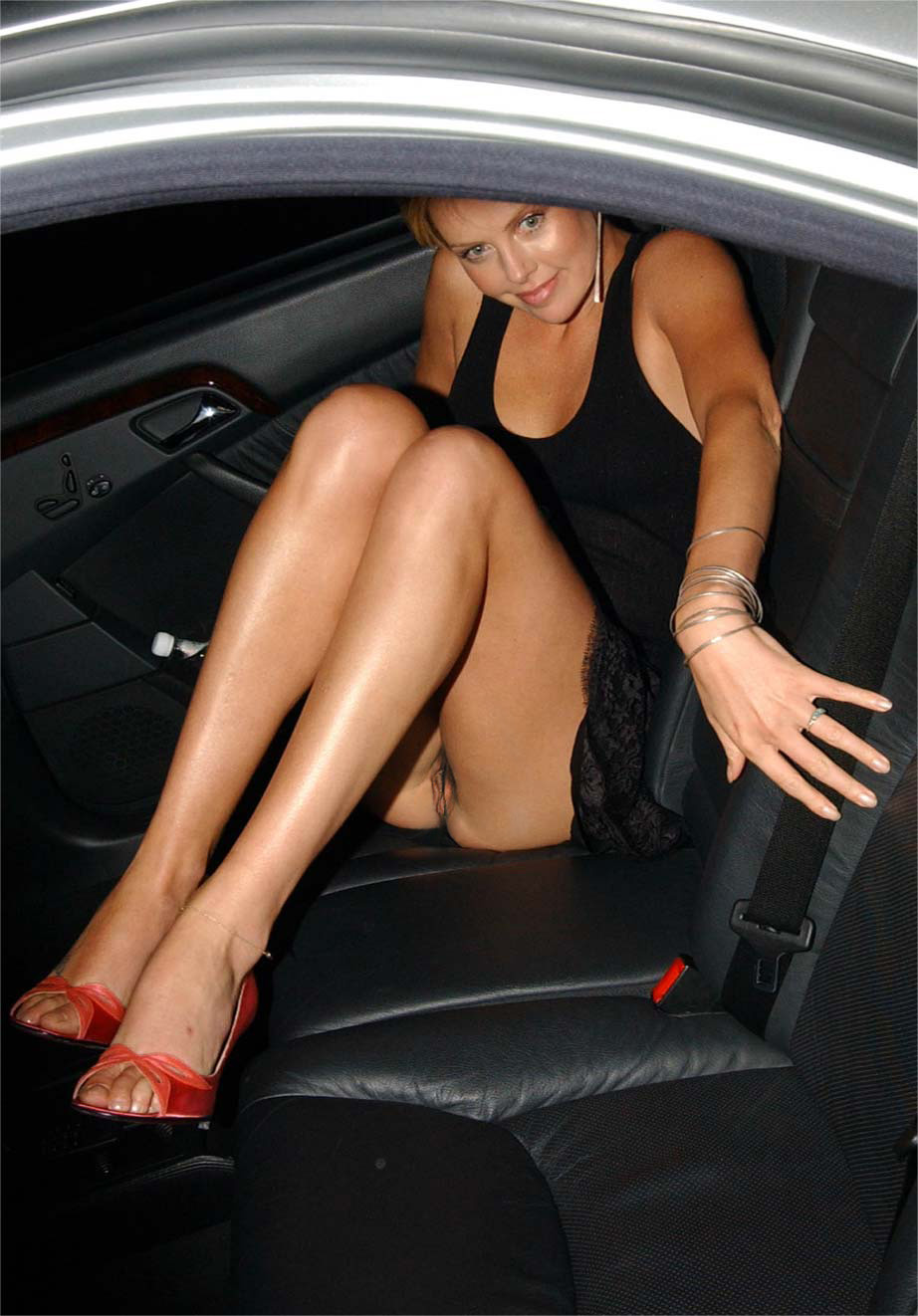 Collection Bare Pussy Up Skirt Pictures - Amateur Adult Gallery