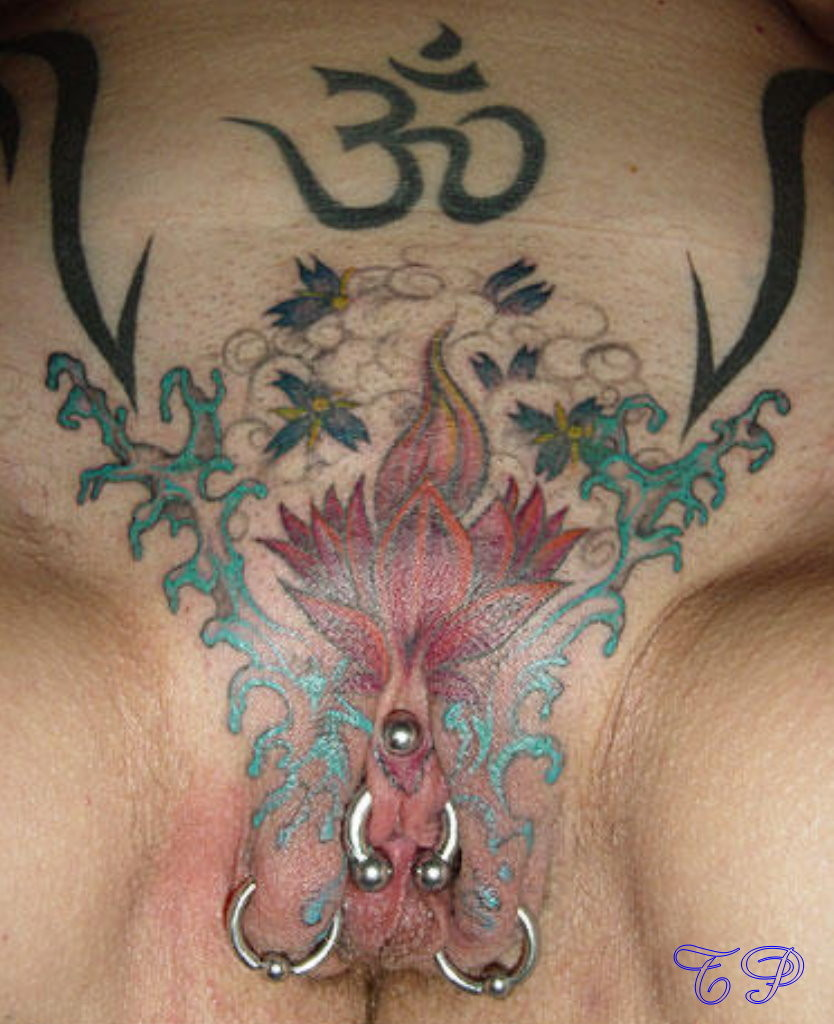 tattoos-next-to-the-pussy