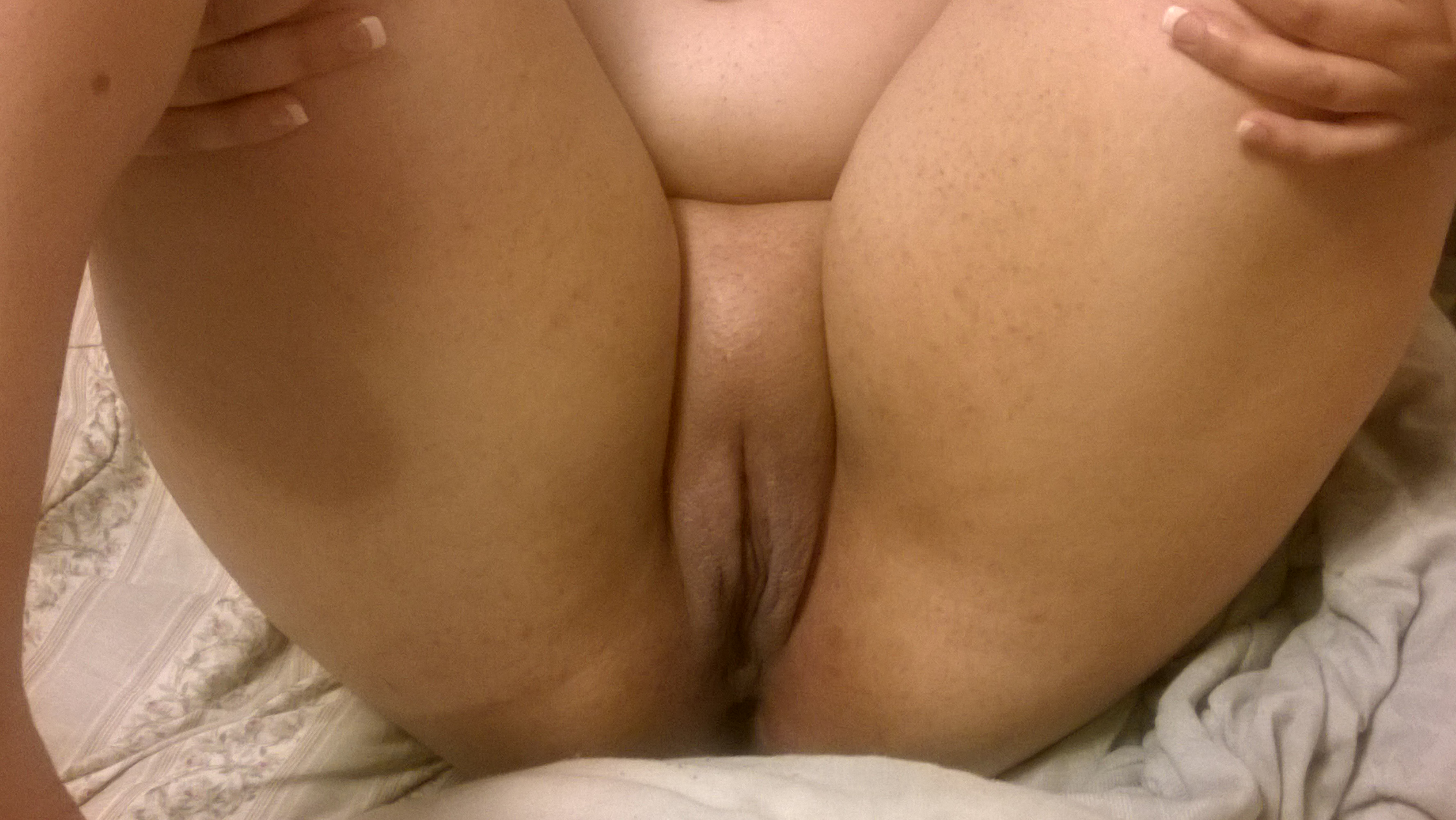 Nice fat pussy pic