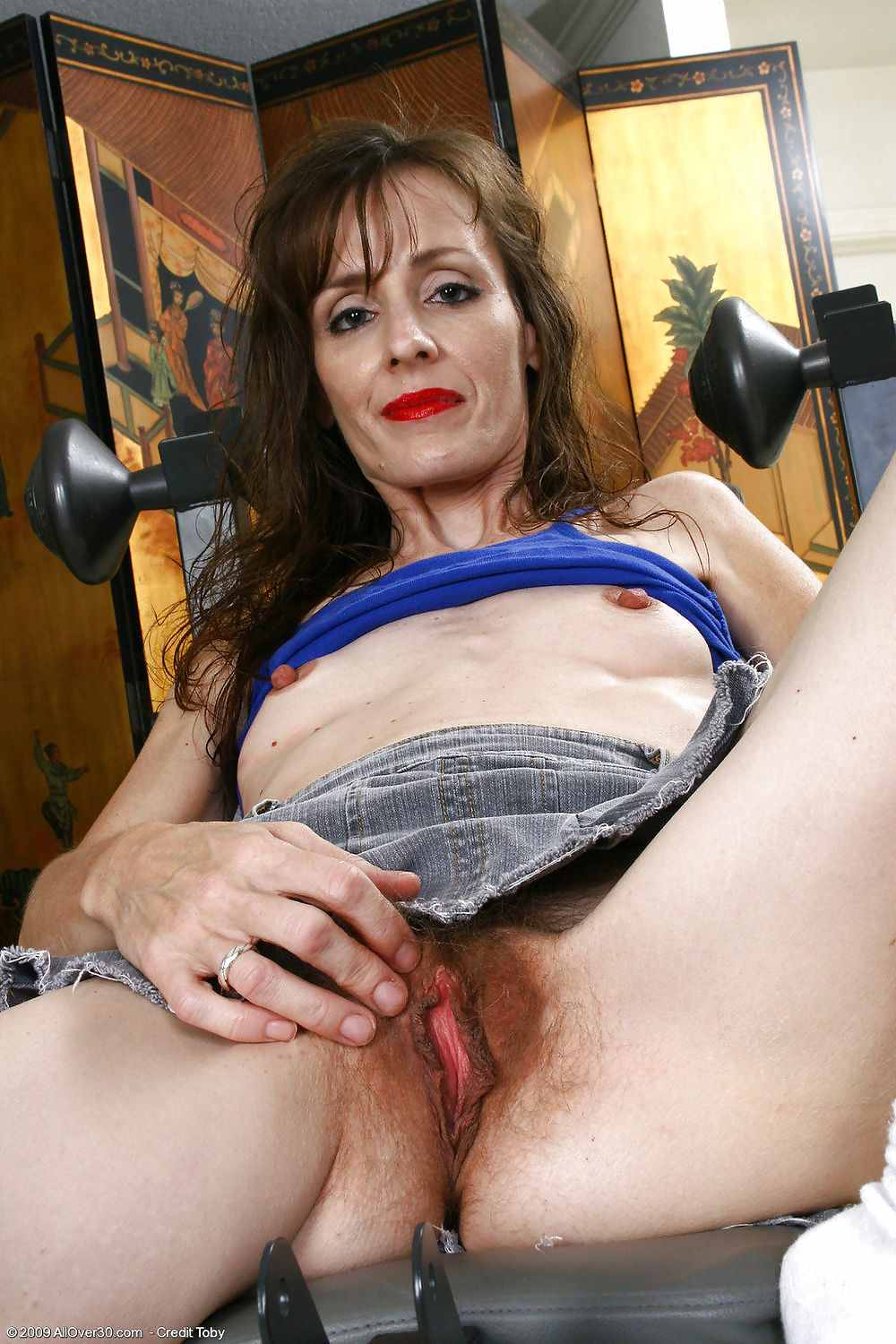 Open Mature Pussy