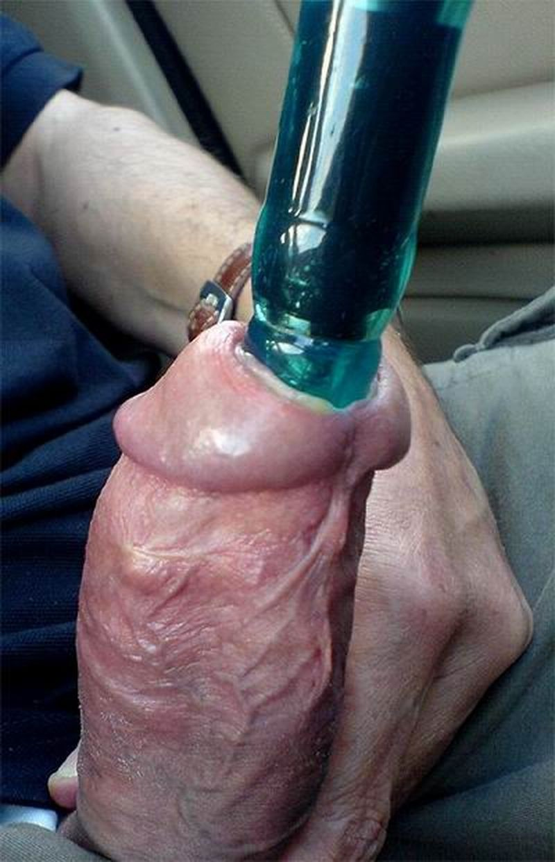 Stretching penis piss hole