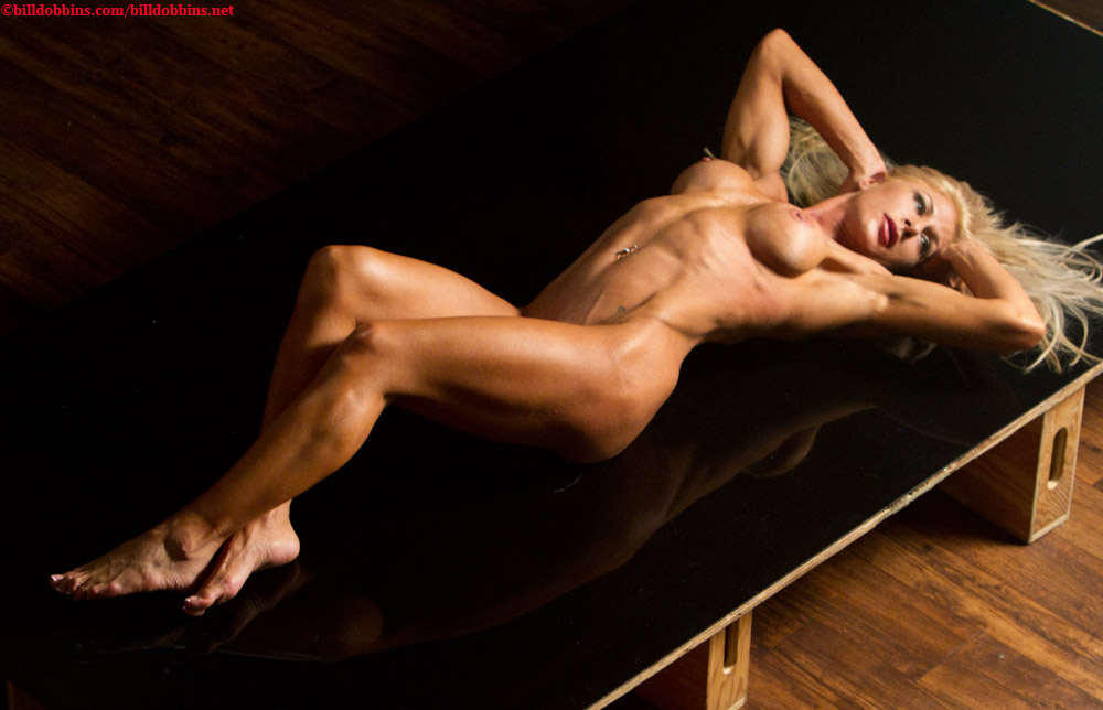 nude-women-fitness-tubes