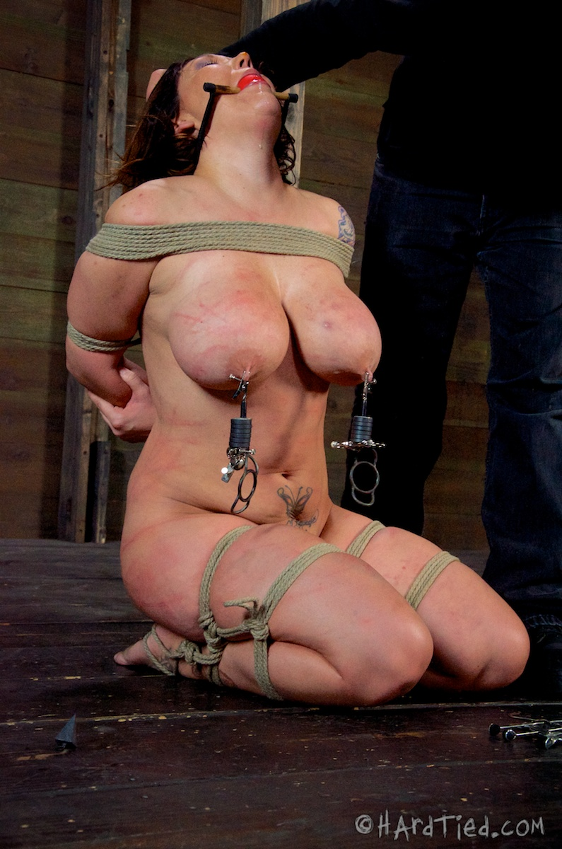 apologise, brunette teen gets penetrate 02 whom can