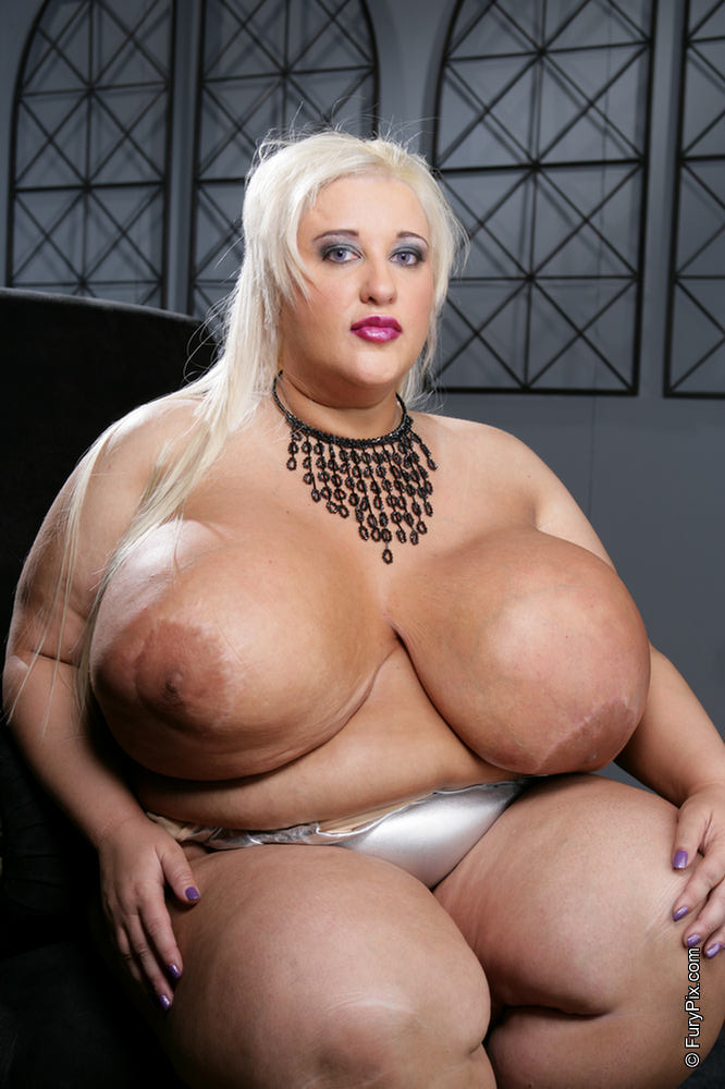 Thick titts