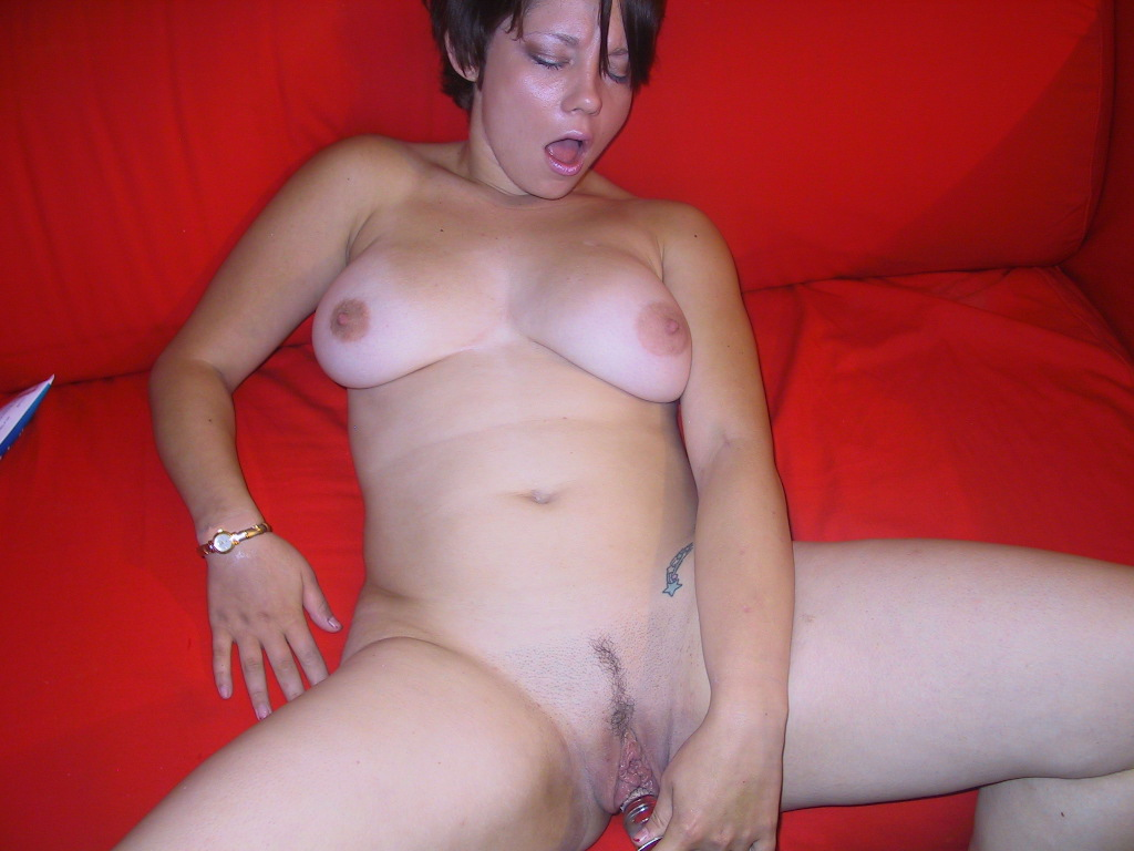 Sluts with pussys spread wide pics free porn