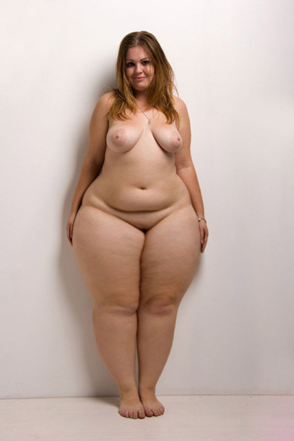 Hips of nude girls know
