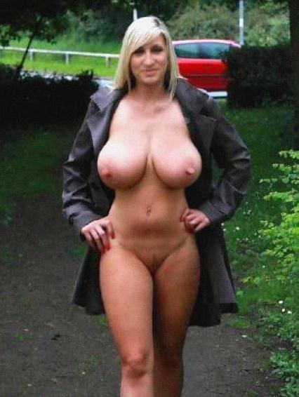 moms with big tits Real