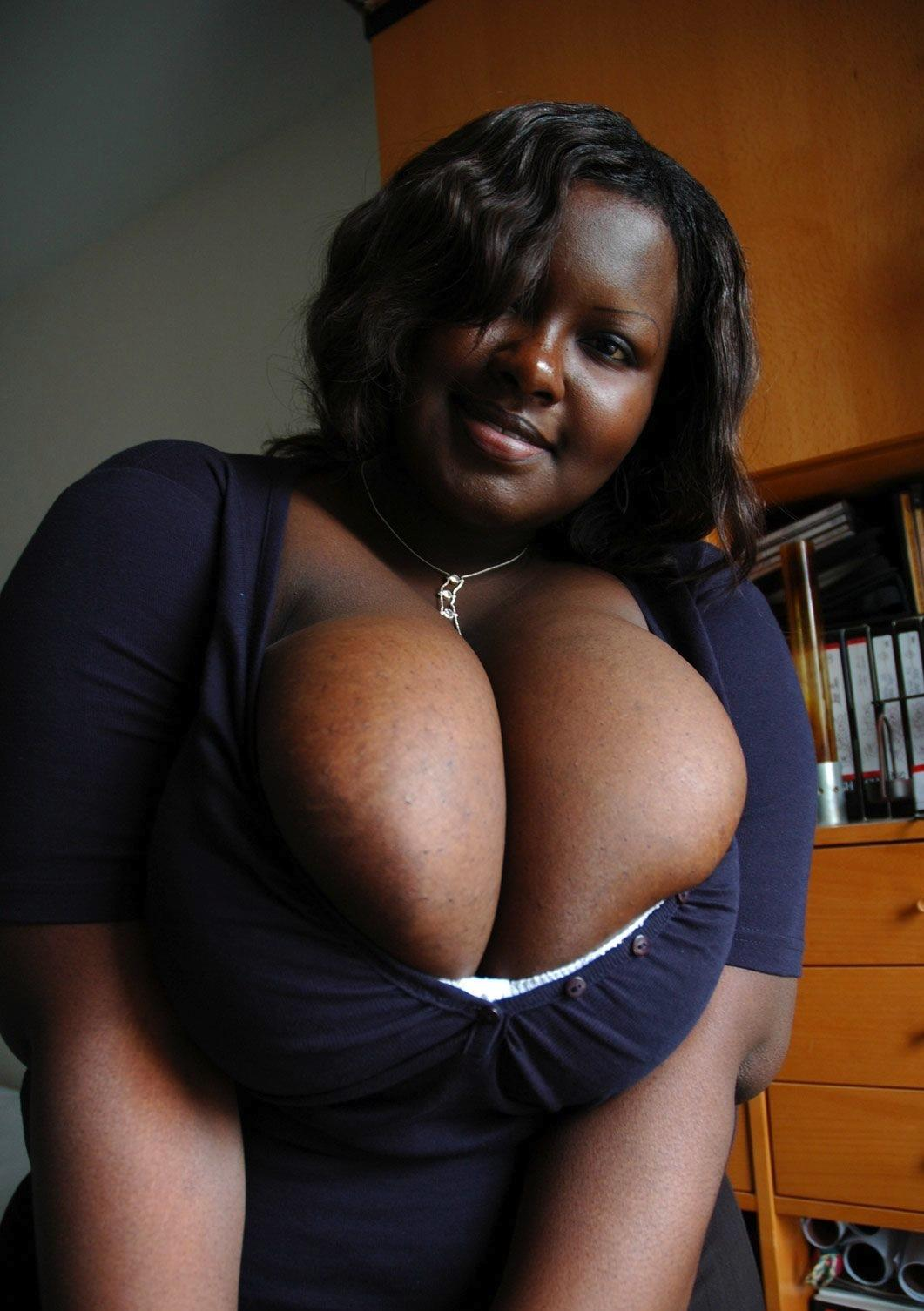 free-picture-of-big-black-boobs-xxx-monky-with-woman