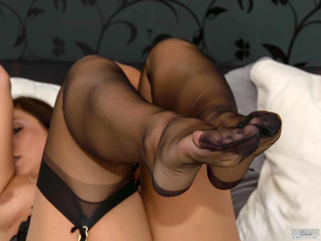 Pollyfan Suck Naughty Pantyhose Fetish Aloha Tube 1