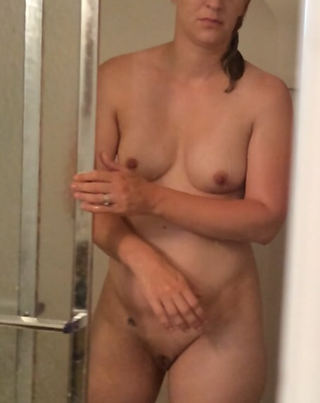 Cute mature naked video