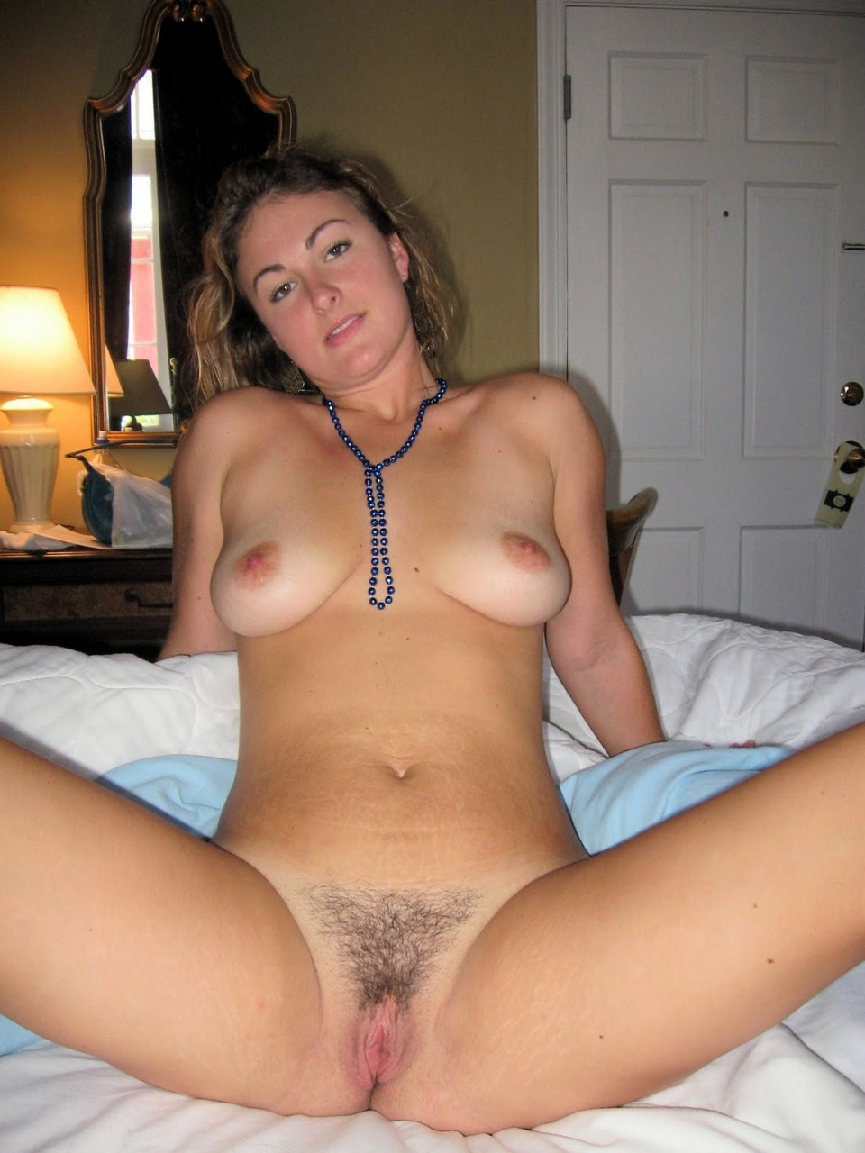 Hairy natural pussy