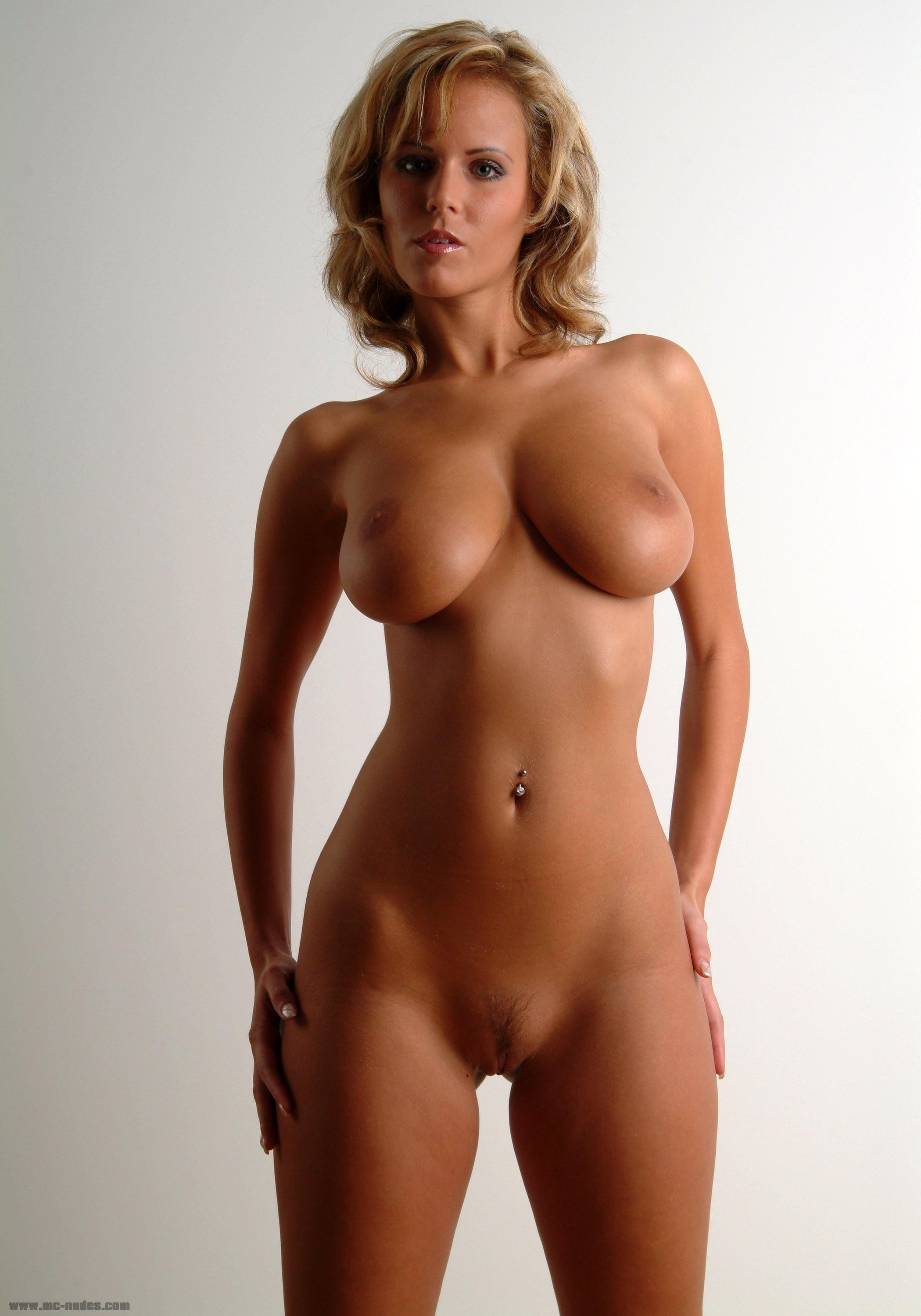 Naked moms perfect body — photo 12