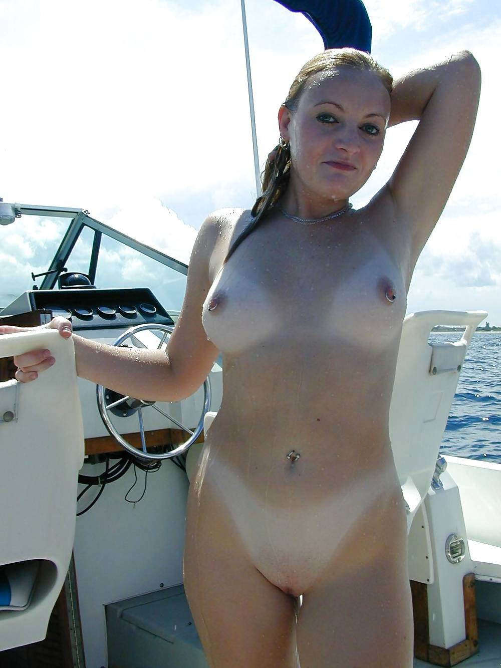 nude-in-crazy-places