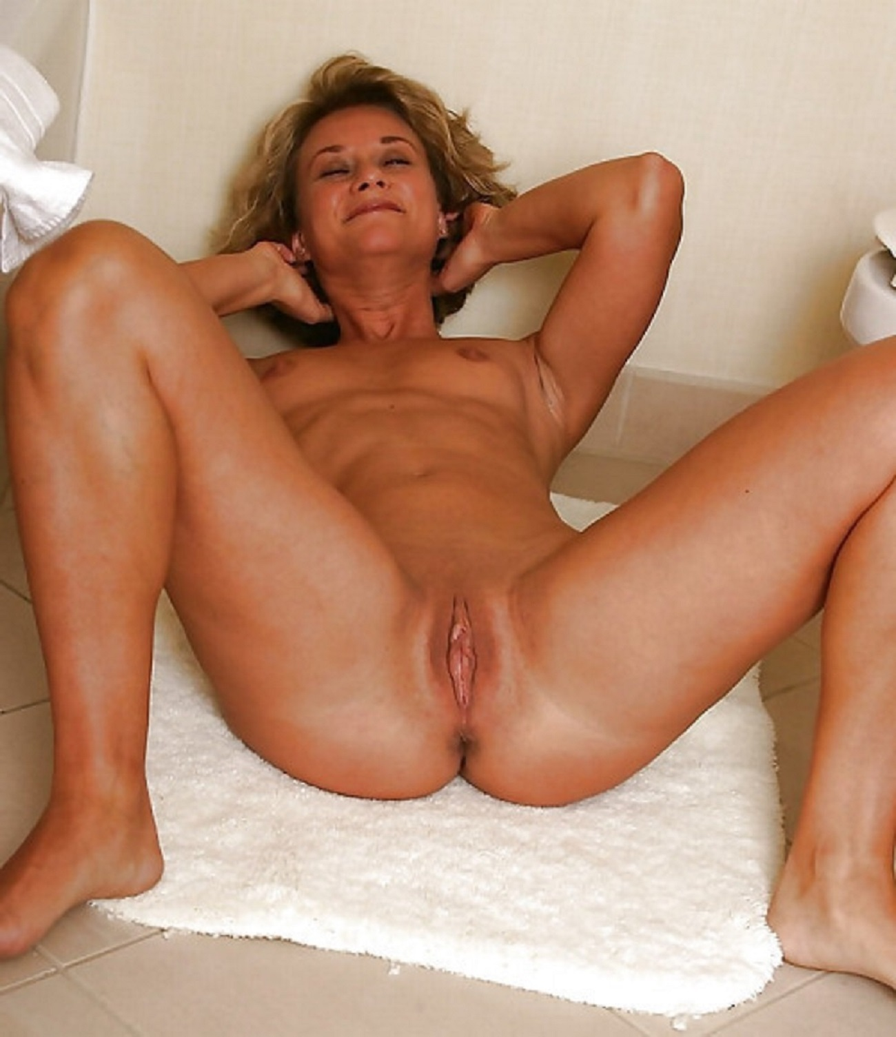 Tight housewife naked