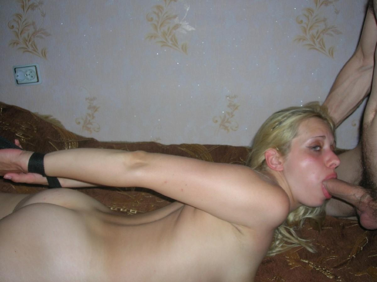 Naked mom with shaved pussy
