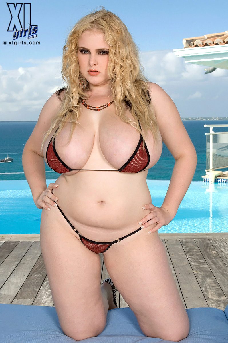 Girls bbw galleries blonde xl bikini action girls