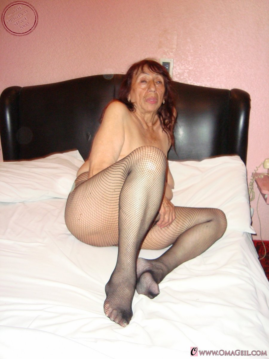 Old mature nude pics