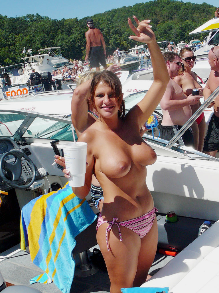 Pictures of girls in lake havasu nude