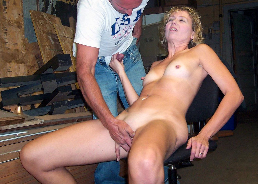 Nude swinger mom