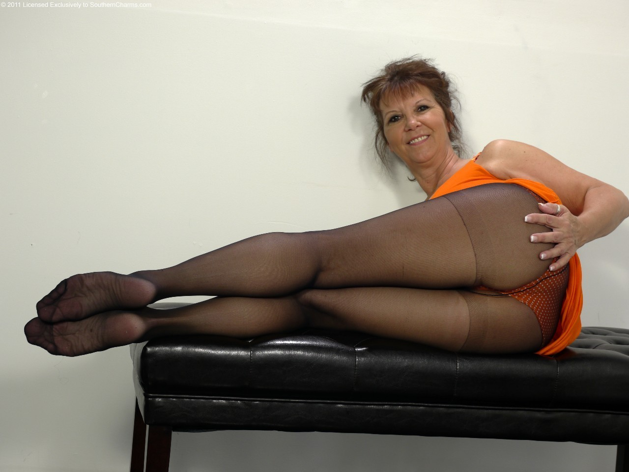 pantyhose Sexy amateur mature