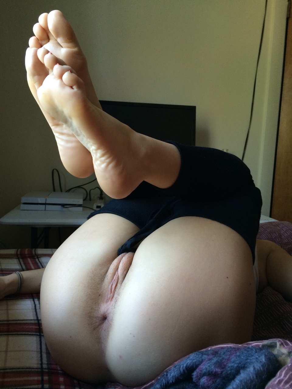 feet amateur asshole and