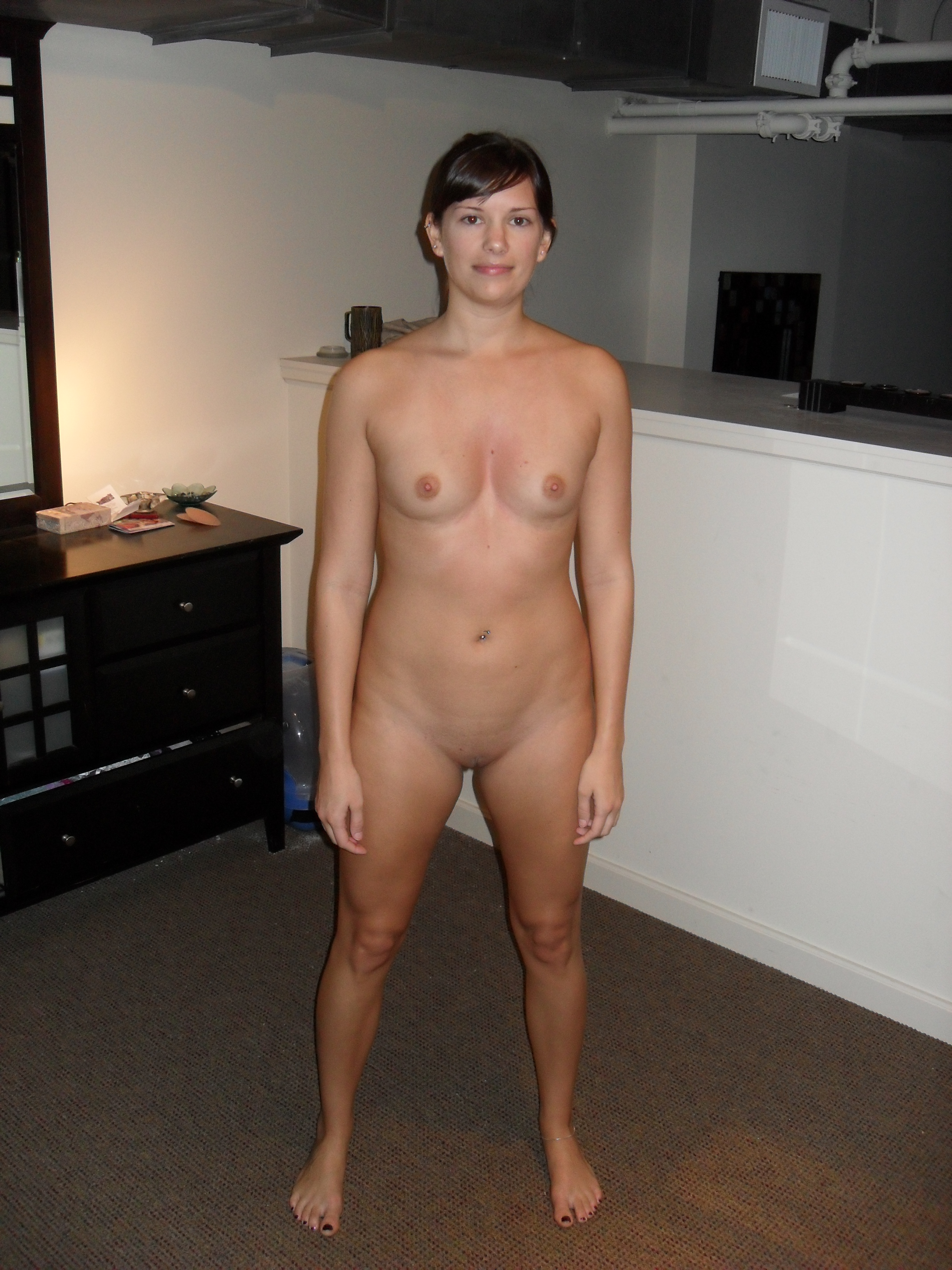 Flat chested mature women naked — img 1
