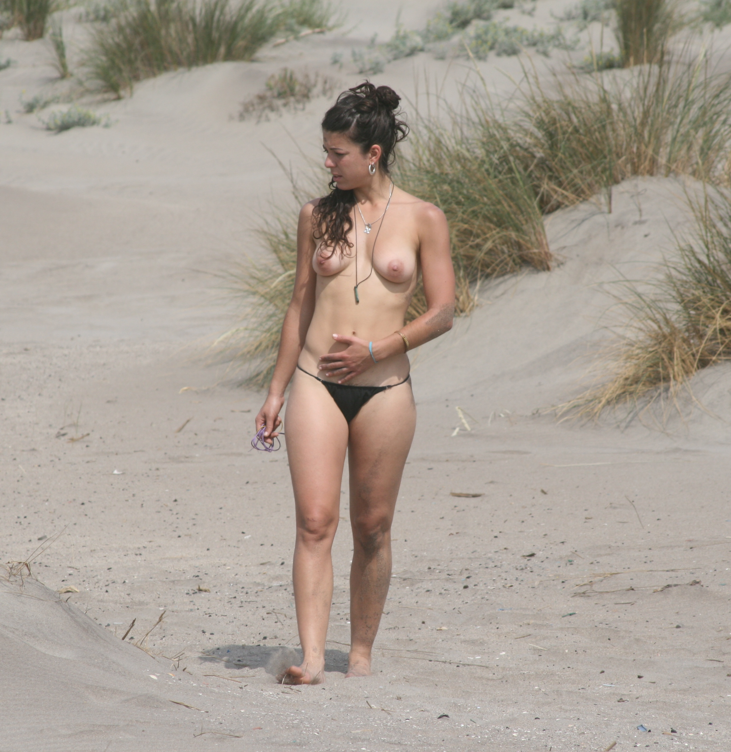 Nude british women on beach