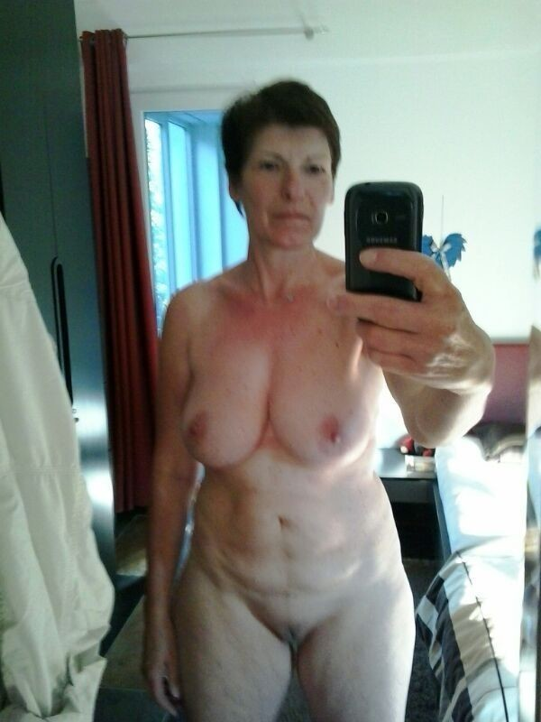 Older mature self nude, monkey fucking girl photo gallery