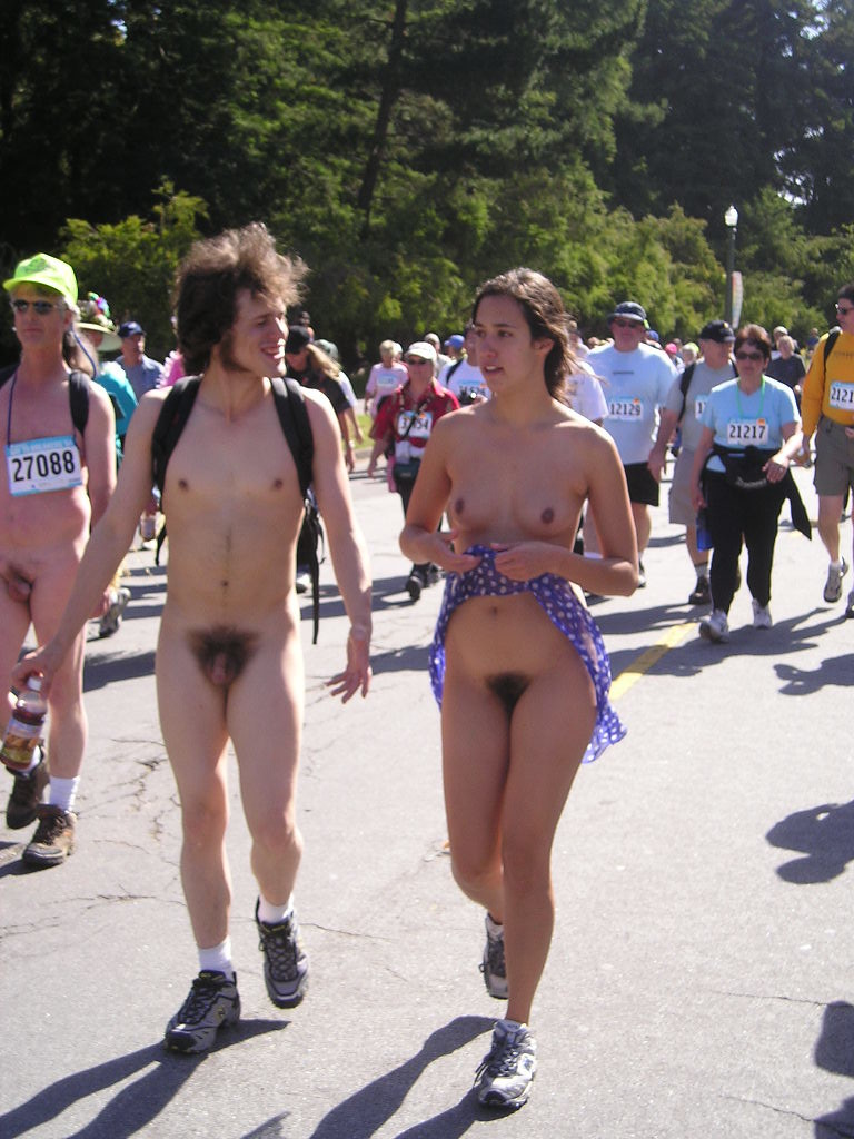 Bay to breakers naked runners