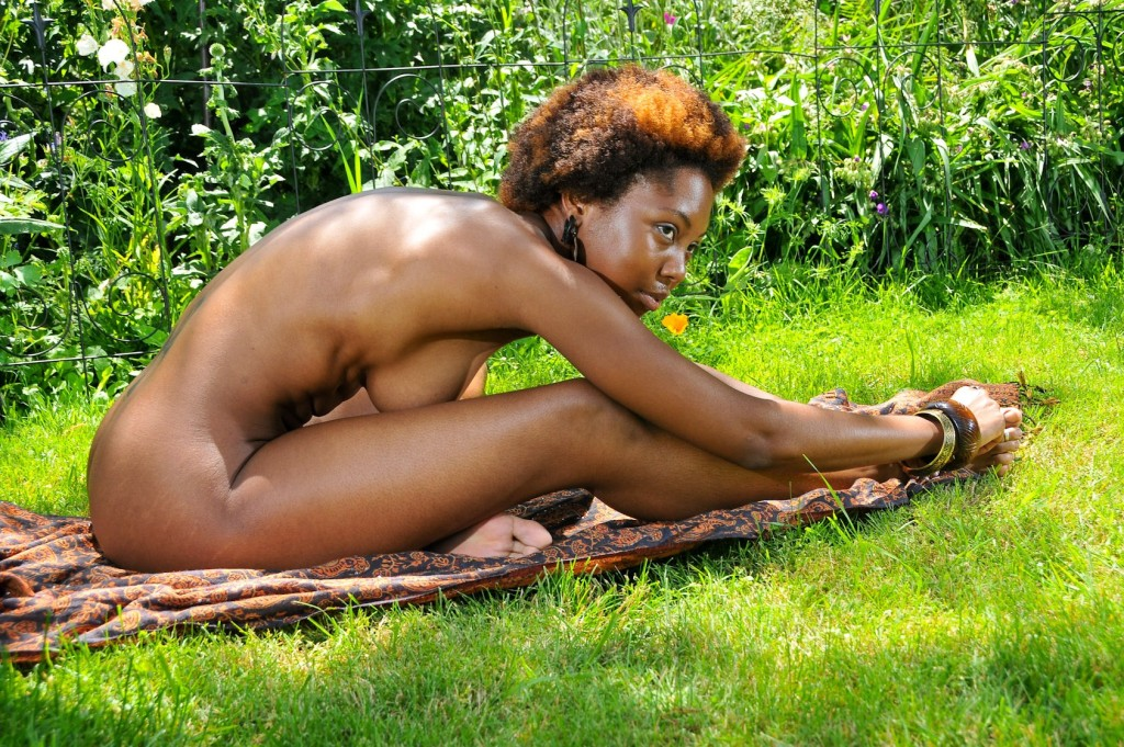 Nude Photoshoot Black Woman