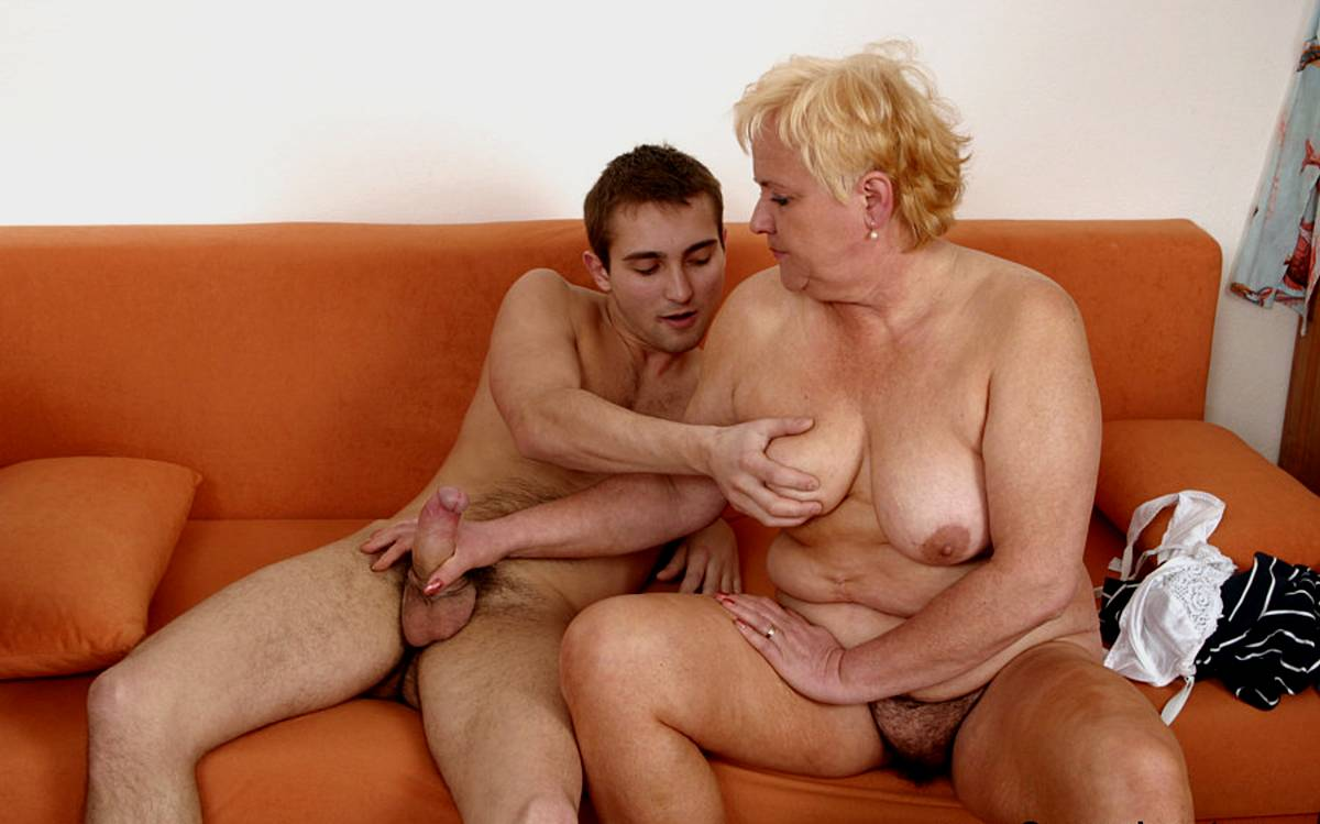 Young man old mum porn movies spread