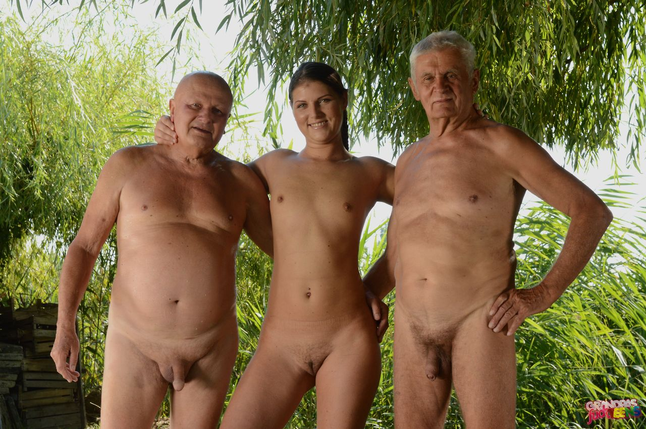 tumblr nudist Family girl