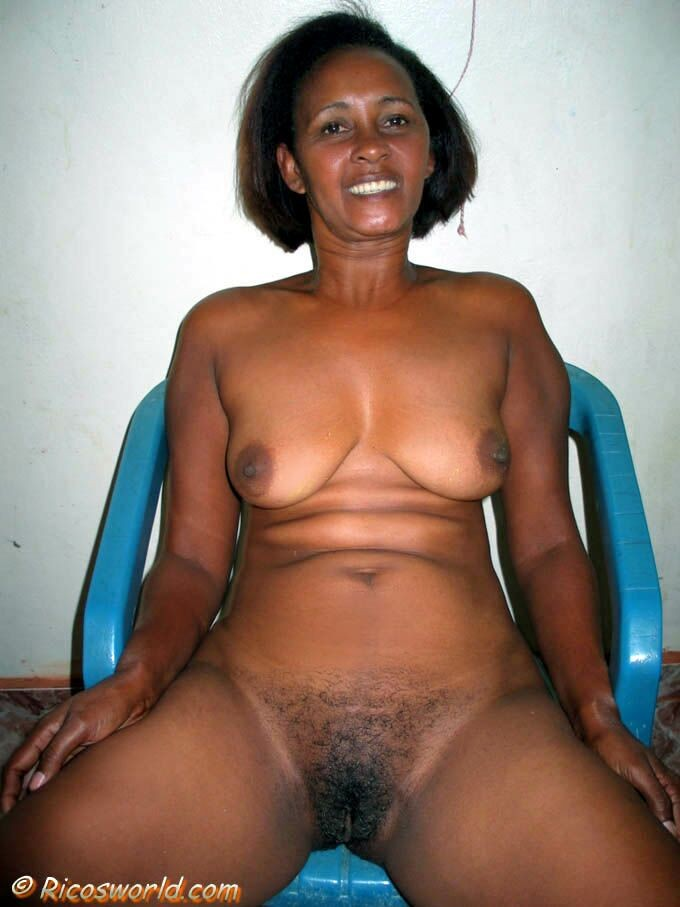 Natural and hairy women