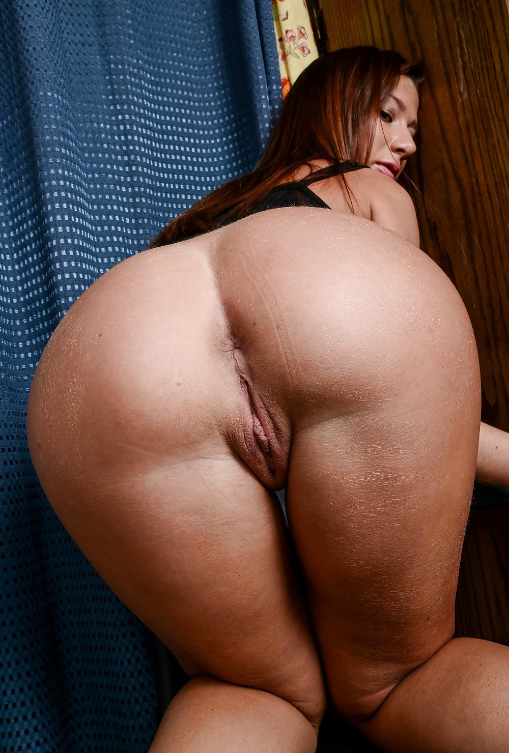 Curious topic brunette milf bent over