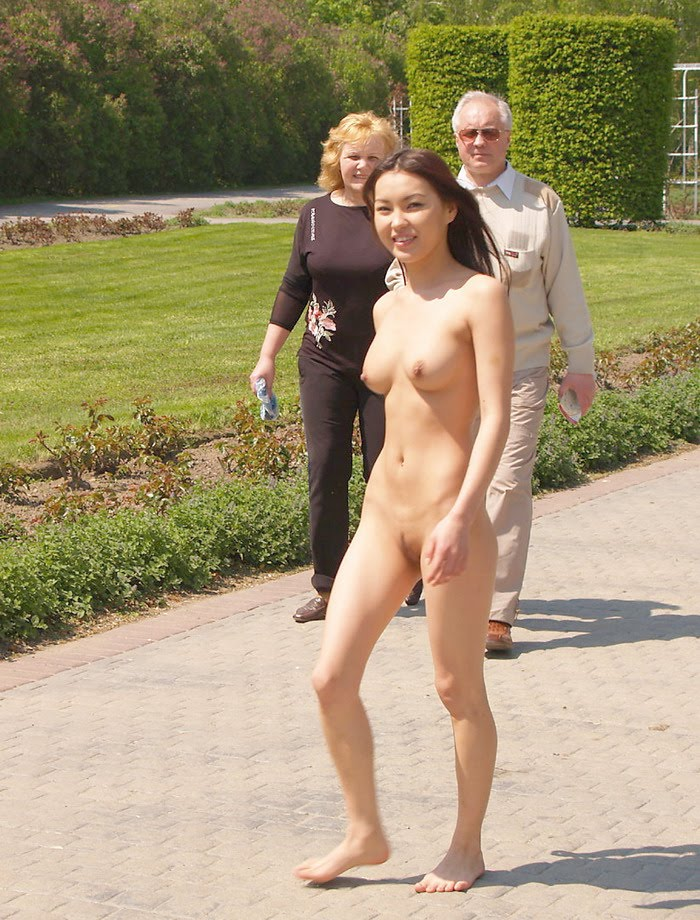Girl Walking Naked House