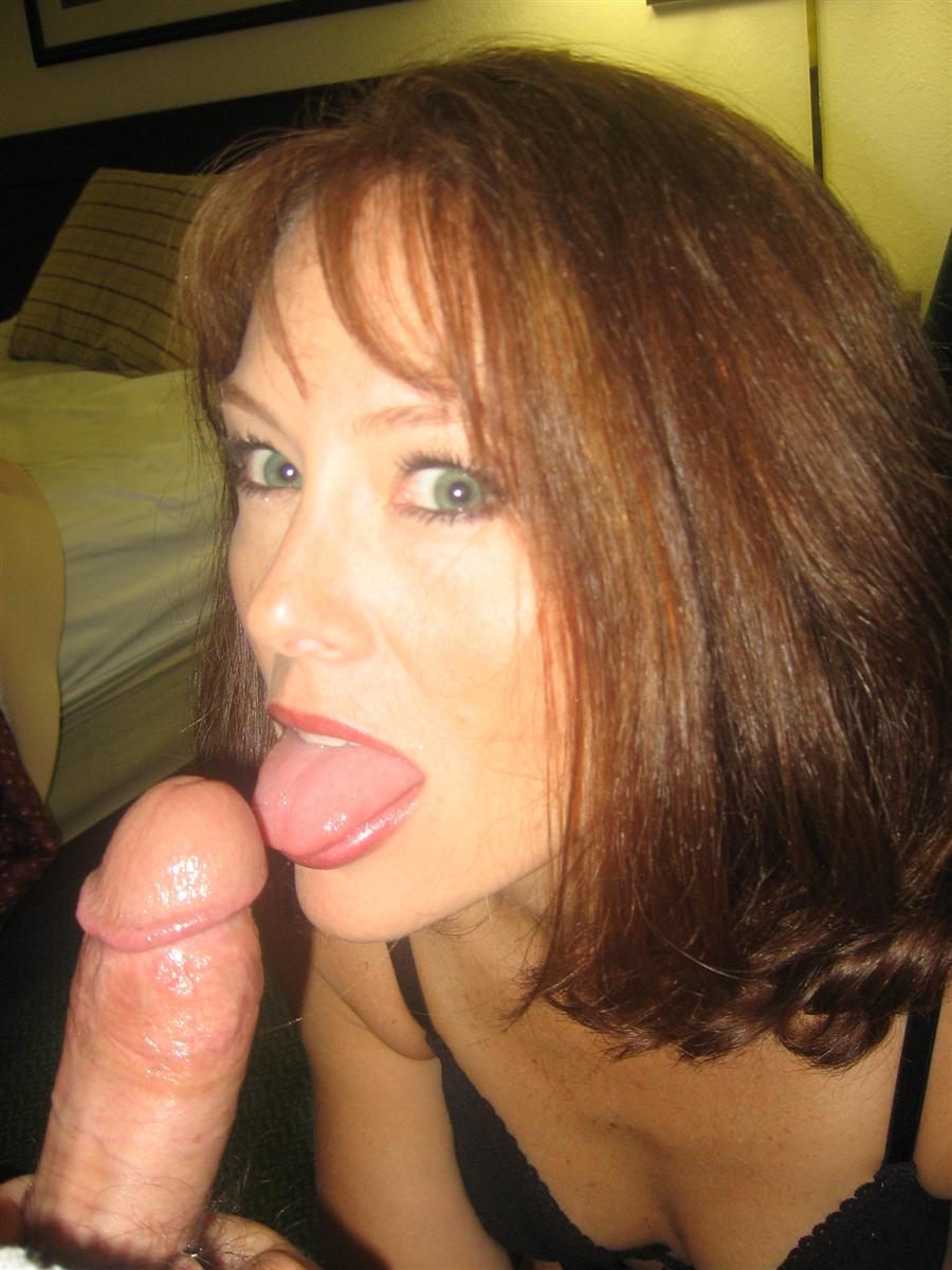 Milf amateur yet a great blowjob