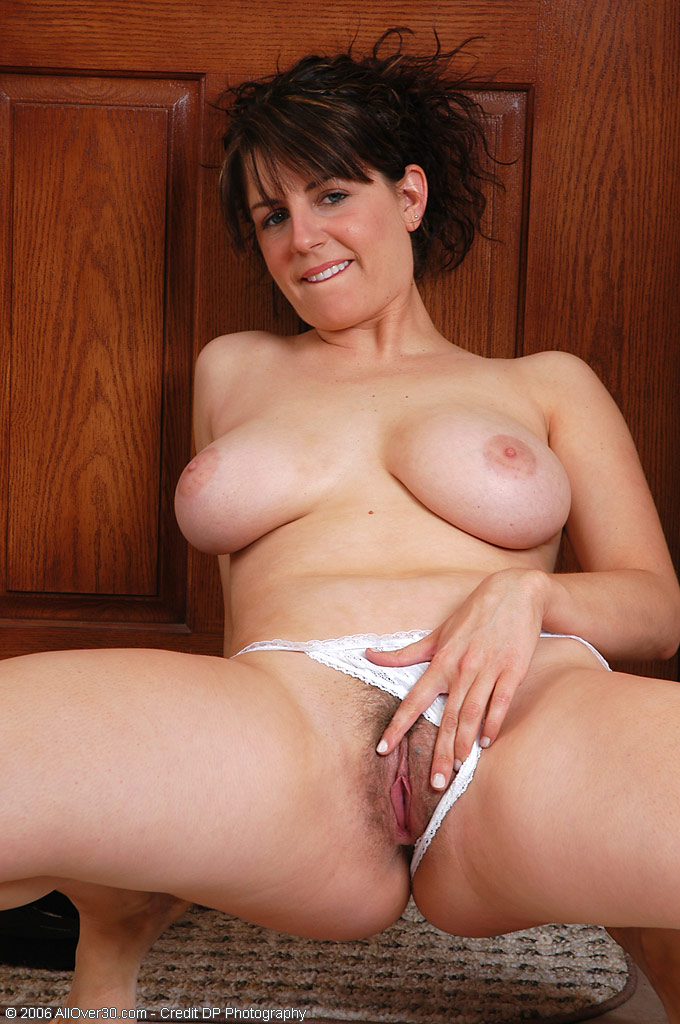 Over milf pichunter hairy pussy 30